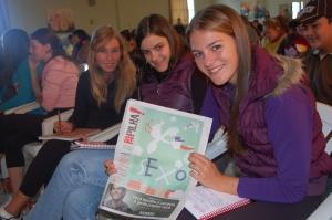 Ana, Barbara e Faiza, da escola Odila Scherer