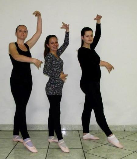 Esse foi o trio que começou as aulas, lá em abril: Anaa, Beta e Mi