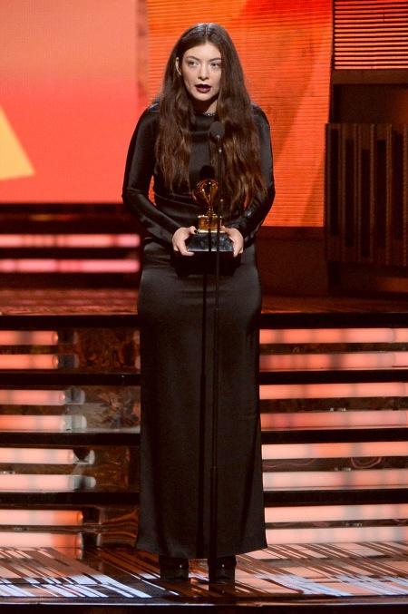 Lorde e seu estilo 'gótico'.