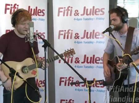 Ed Sheeran e Passenger, respectivamente.